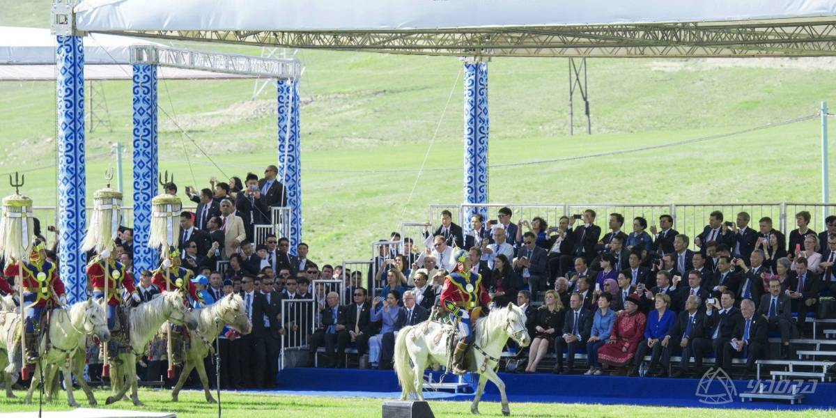 Outdoor Bleacher Seats for Europe and Asia Leaders in Mongolia Traditional Naadam